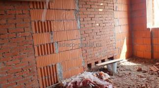 Стены дома из поротерма